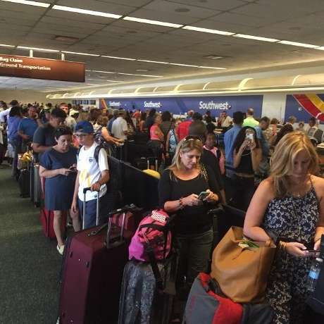 Southwest Airlines plays catchup at Sea-Tac, elsewhere after computer glitch