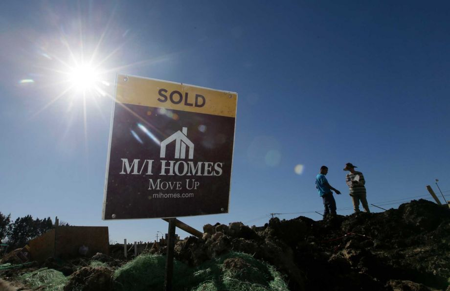 Western US homebuyers push up sales of new homes in February